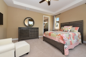 Bedroom Master 2 - Delray Canopy Oaks