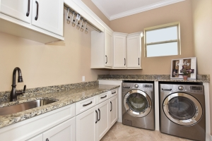 Laundry Room - Delray Canopy Oaks